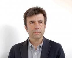La Real Academia de Medicina y Cirugía de la Región de Murcia, le invita a la Sesión Solemne de Investidura del Prof. Pablo Artal Soriano, como Académico de Erudición, cuyo discurso versará sobre