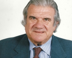 La Real Academia de Medicina y Cirugía de la Región de Murcia, le invita a la Sesión Necrológica In Memoriam, en recuerdo del Académico Numerario Dr. D. Manuel Fuentes Aynat, recientemente fallecido (27.06.2017)