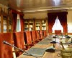La Real Academia de Medicina y Cirugía de Murcia, le invita a la Sesión Solemne de investidura, como Académico de Número, de D. Gumersindo González Díaz, con el Discurso Doctrinal